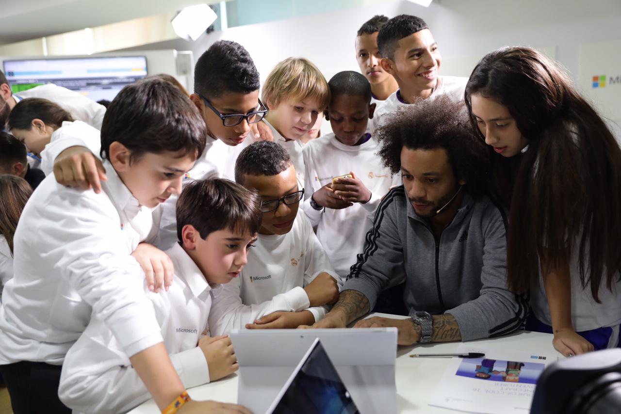 Programación para niños con la Hora del Código, Microsoft y la Fundación Real Madrid