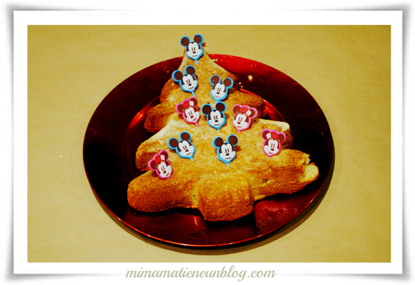 disney-family-bakery-mickey