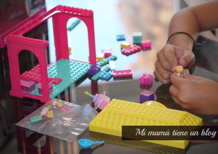 Barbie Mega Blocks Probar juguetes, opinión juguetes