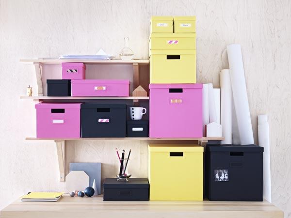 ikea-cajas-amarillas-rosas