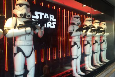 STAR WARS ESCAPARATE EL CORTE INGLES CALLAO ECI TROOPERS