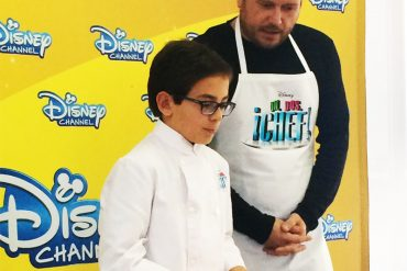 un, dos, chef! Disney chanel Aimar, el Monaguillo