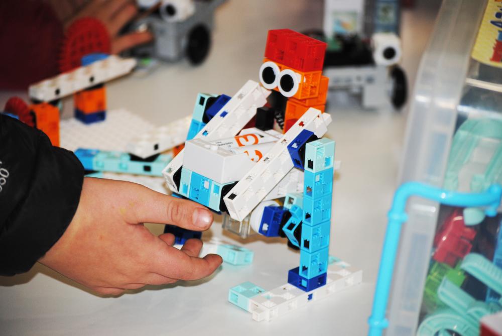 GLOBAL ROBOT EXPO ROBOTICA PROGRAMACION NIÑOS