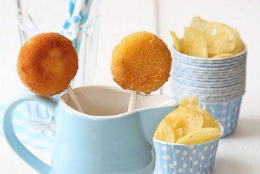 Piruletas de queso - Ideas de recetas para meriendas, fiestas infantiles, cumpleaños